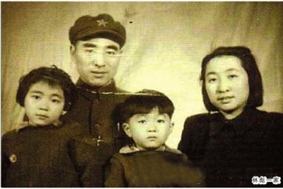 1925年林彪到上海报考黄埔军校时